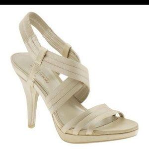 Kenneth Cole l Light Gold Sandals